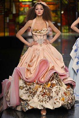 Ooh la la little girl big taste for French haute couture